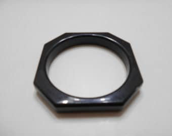 Vintage Black Octagonal Bangle Bracelet (4871BP)