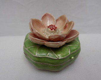 Jeweled Enameled Water Lilly Flower Lotus Lily Pad Metal Hinged Trinket Box - Rhinestone Flower Collectible Guilloche Style