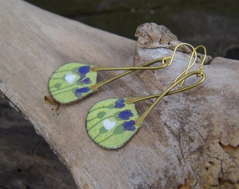 dangle enamel earrings with purple-blue flowers