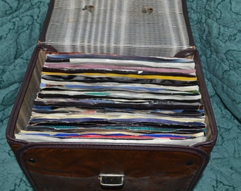 Vintage 1970s 45 rpm record carry storage case plus 60 vinyl records and sleeves
