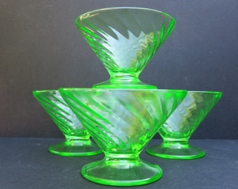 Green Depression Glass Footed Sherbet Dessert Dishes / Retro Kitchen / Vintage Green Glass /Cottage Chic /Home and Living/Home Decor/Kitchen