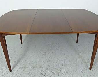 mid century modern Broyhill Premier walnut rounded expanding dining table w/ leaf