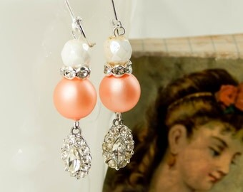 Vintage beaded earrings / vintage rhinestones / upcycled earrings / czech glass / repurposed jewelry / shabby jewelry / leverback earrings
