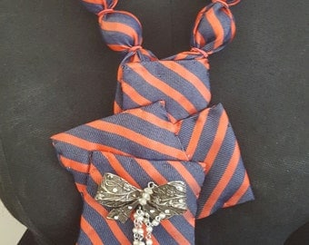 Red and blue tie design