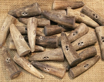 Natural Cow Horn Toggles, large.