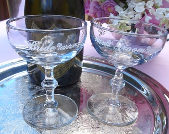 Vintage Bride and Groom Champagne Coupe Toasting Glasses | Wedding Table Accessories  | Vintage Stemware