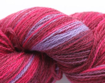 KAUNI Estonian Artistic Wool Yarn Blum 8/2, skein 220 g.