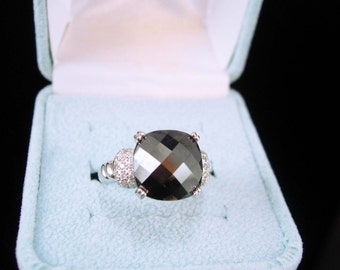 Diamonique  Ring 48 sparkling stones Hematite faceted top Signed SJW Sterling Silver Ring Vintage Epiphany jewelry Size 7  Promise jewelry