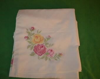 ON SALE    Beautiful Vintage Crossstitch Tablecloth in Ecru