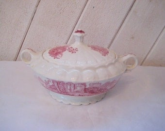 Decorative casserole dish with lid, red castle, Taylor Smith china, two handles, one quart