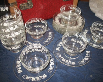 10 plates and cups for dessert. Vine pattern. Transparent glass.