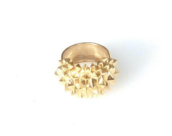 Gold statement ring Studs