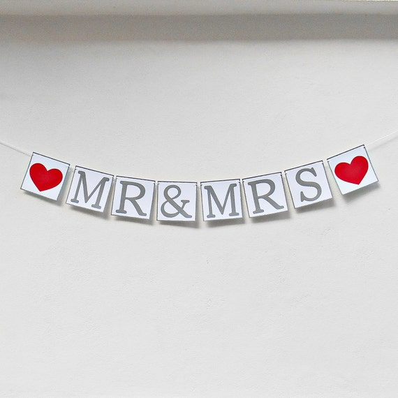 FREE SHIPPING, Mr & Mrs banner, Wedding Banner, Engagement party decorations, Reception sign decor, Wedding photo prop garland, Gray, Red