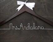Personalized Wedding Bridal Hanger, Custom Hanger, Mrs Hanger, Bridesmaid Gift, Wedding Hangar, Wedding Gift, Bride Name Hanger, Shower Gift