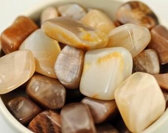 Moonstone-Genuine Moonstone-Peach Moonstone-White Moonstone-Tumbled Moonstone-High Grade Moonstone-Polished Moonstone-Moonstone India