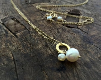 fresh water pearl on vermeil circle gold fill chain necklace
