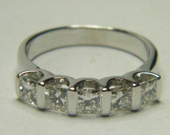 14kt white gold 5 princess cut diamonds band