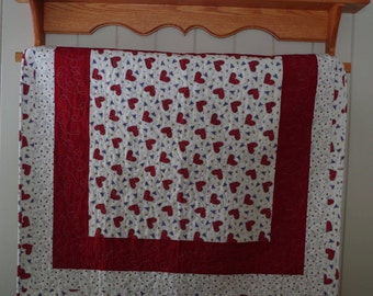 Country Style Hearts Baby Quilt