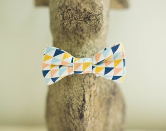 Bowtie motif geometric multi color cotton mint
