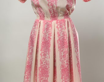 Vintage Toni Todd pink pattern with shirred waist.