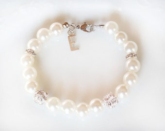 Personalized bridesmaid bracelet, bridesmaid gift, bridesmaid pearl bracelet, silver initial letter, wedding gift, pearl and rhinestones