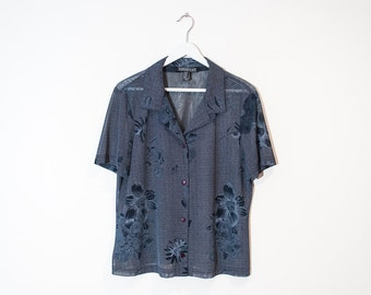 sheer blue floral button-up blouse / short sleeve dotted collared top / size L