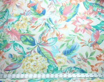 Flowers and Leaves on Cream Indoor / Outdoor Fabric - One Yard