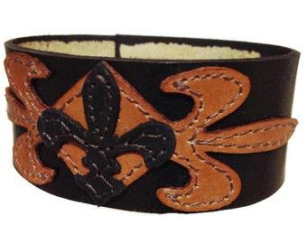 Leather bracelet cuff, wristband, fleur de lis arm band, leather bracelet, arm band, brown wrist cuff, arm cuff, wrist band, gift., braclet.