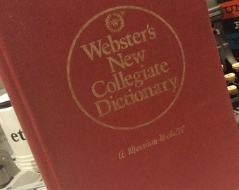 Webster's new collegiate dictionary 1977