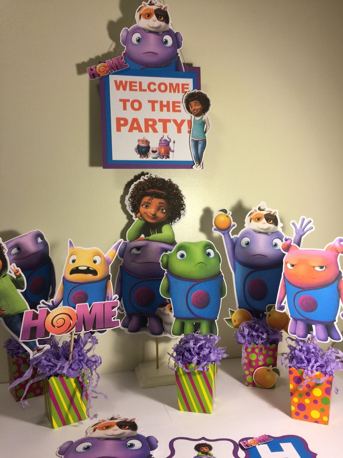 Dreamworks Home Party Pack