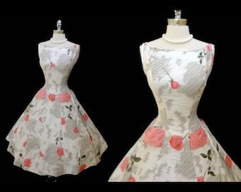 1950s Vintage Floral Pink Floral Summer Sundress Polished cotton