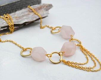 Collier quartz rose et laiton