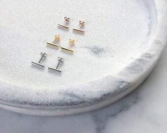 Elodie - Fine Bar Earring