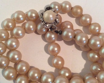 Pearl beaded necklace 16 in