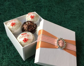 party favors, favor boxes, food boxes, custom favors, wedding favors, party favors