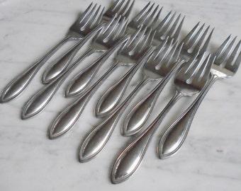 8 Oneida USA Arbor American Harmony Stainless Dessert Salad Pastry Forks