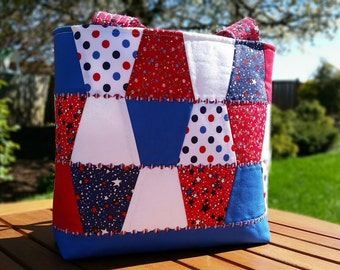 Americana Quilted Tote Bag: red white and blue tumbler blocks shoulder bag, patriotic handbag, 4th of July tote with pockets, summer purse