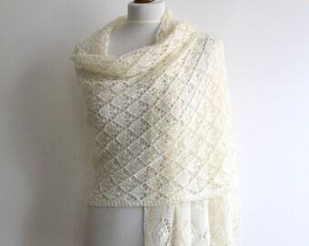 Lace shawl - hand knitted cream shawl - rectangular - merino - handmade
