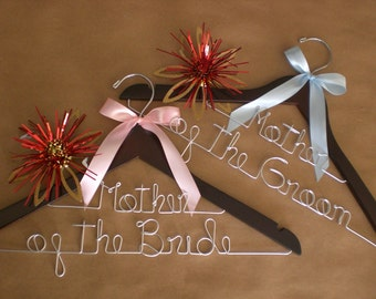 Personalized Hangers, Personalized Wedding Hangers, Custom Wedding Hanger, Weddings, Bridal Hangesrs,Brides,Bridesmaid,Maid of Honor