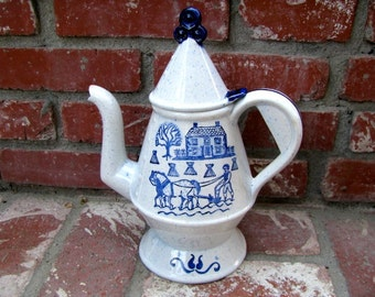 Vintage Metlox Poppytrail Blue Provincial Coffee Pot,  Made in California