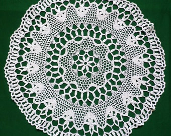 Vintage cotton Crocheted Round Doily crochet  table topper Tray cloth 60s