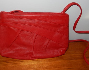 Vintage Red Leather Purse - Made in Italy by Cachet