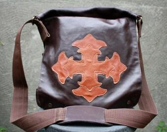 Vintage Large Genuine Leather Brown Messenger, Shoulder Bag