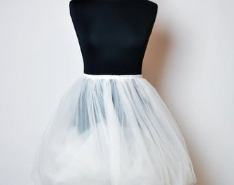 Fluffy tulle skirt / Petticoat Bride Dress / Tutu skirt