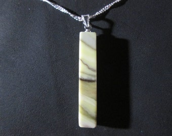 Healite pendant on 18 inch necklace - HP15
