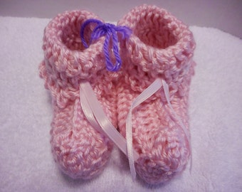 Soft Pink Baby Booties