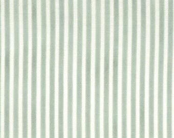 Green and white stripe 1933's quilting fabric 32258-16