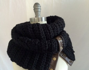 SALE, Bulky Black Crochet Scarf With Leather and Snaps