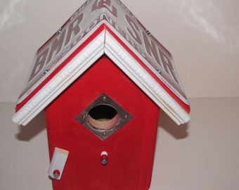 Oklahoma Sooners Bird House - License Plate Birdhouse - Bird House - Team bird house