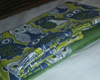 green owl pillowcase